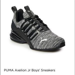 Puma Axelion Jr Boys Sneakers